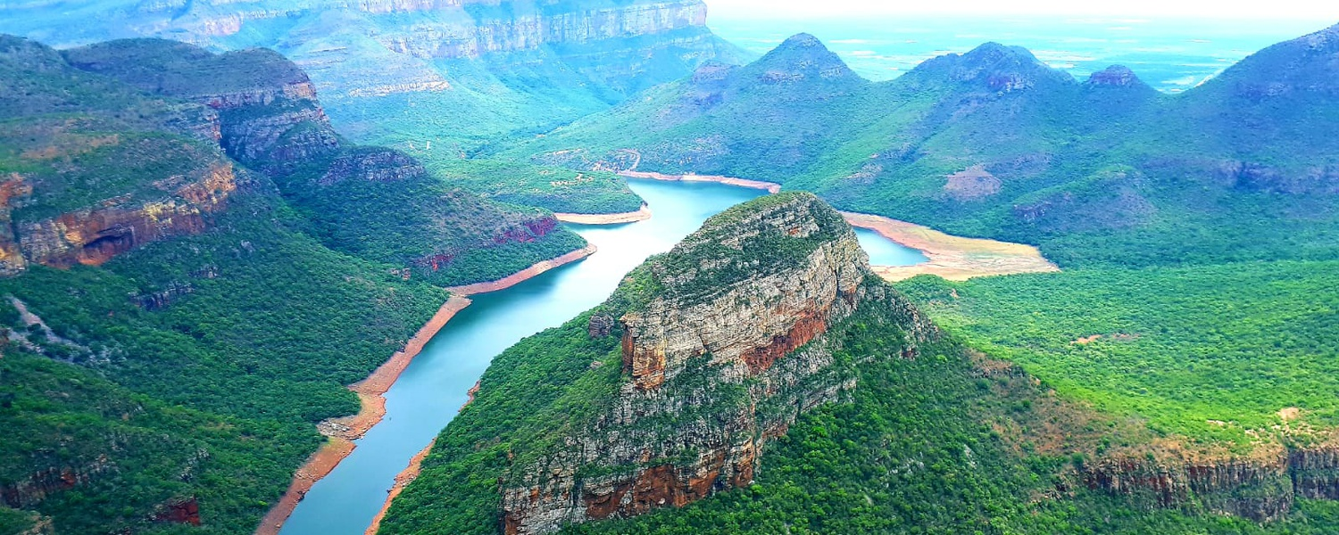 Blyderiver Canyon, Panorama Route, Three Rondavels, Close to God's Window